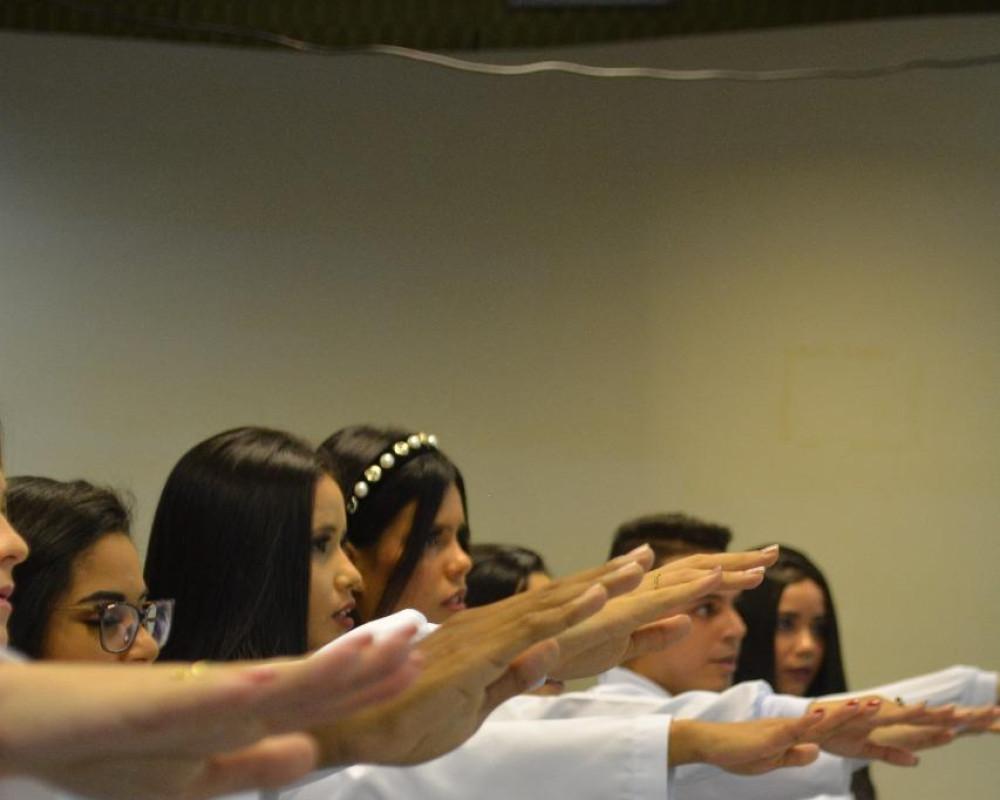 Foto 2 - A Faculdade EDUFOR realiza a Cerimônia do Jaleco