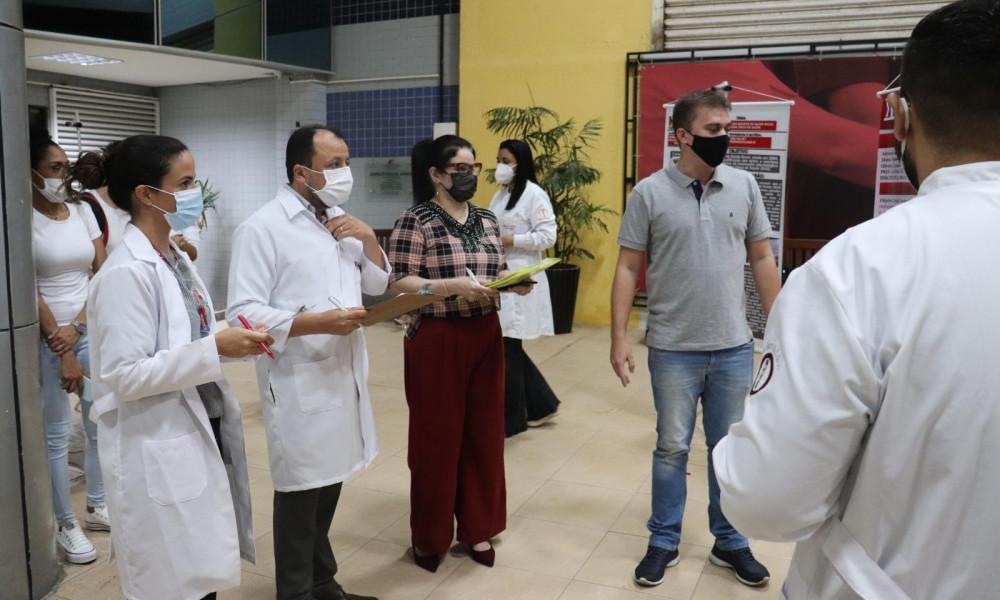 Exposição de trabalhos interdisciplinares do curso de odontologia da EDUFOR